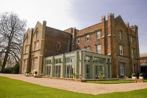 Offley Place, Hertfordshire